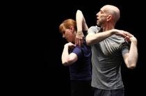 Bild: Real Bodies: Dance On Ensemble - mit Arbeiten von William Forsythe und Kat Válastur