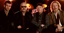 "Bild: Wishbone Ash ""The Tough and Tender Tour 2017"" - Präsentiert von: Gitarre & Bass, Classic Rock, GoodTimes"