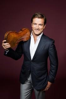 (13) Chevalier de la Musique