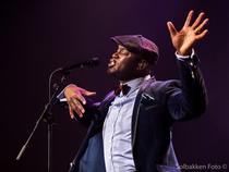Bild: Ola Onabule - Live 2017