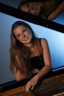 Bild: Blüthner-Classics 3. Konzert - Terrassenkonzert mit Susann Kobus