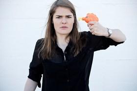 Hazel Brugger - Hazel Brugger passiert