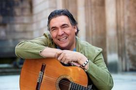 Bild: Acompáñanos en este viaje…! - Konzert mit GONZALEZ im Duo
