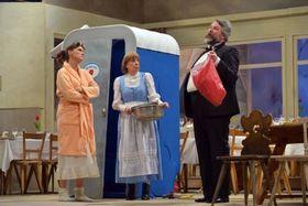 Bild: Der Komödienstadel - Göttinnen weißblau - a.gon Theater