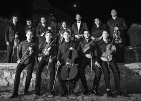 Bild: W.A. Mozart - Konzerte für Violine und Klavier - Kamerata Stradivarius Orchester - Andreea Stoica (Klavier) &  Rãzvan Stoica (Stradivari)