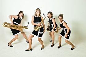 """Bild: sistergold - """"Glanzstücke"""" - Vier Frauen, vier Saxophone, ein Sound"""