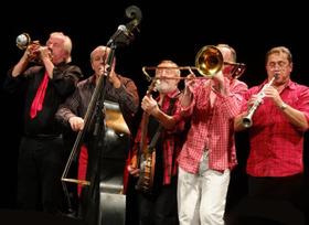 Bild: Sommerliche Musiktage Hof Trages - Les Haricots Rouges