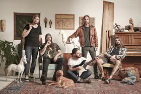 Bild: Royal Tusk - Dealbreaker Tour - Support: Suns Fury