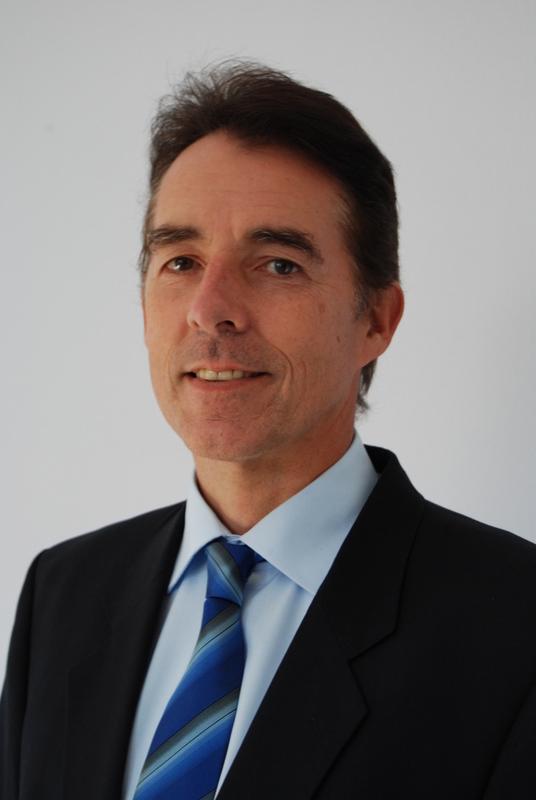 Dr. Axel Kowald