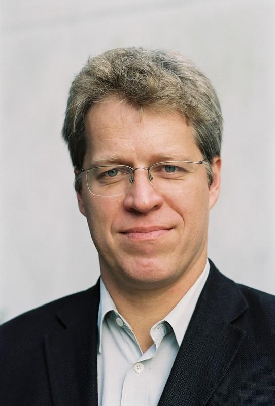 Prof. Bert Hoffmann