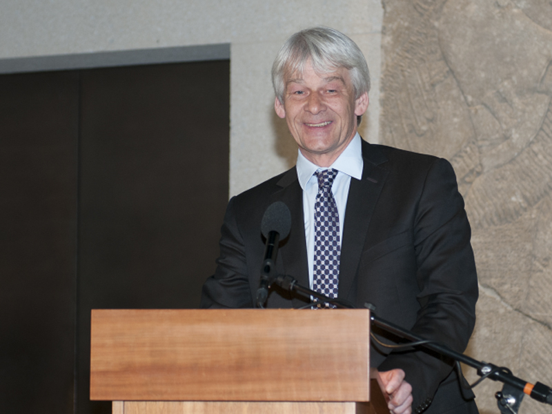 Dr. Manfred Nawroth