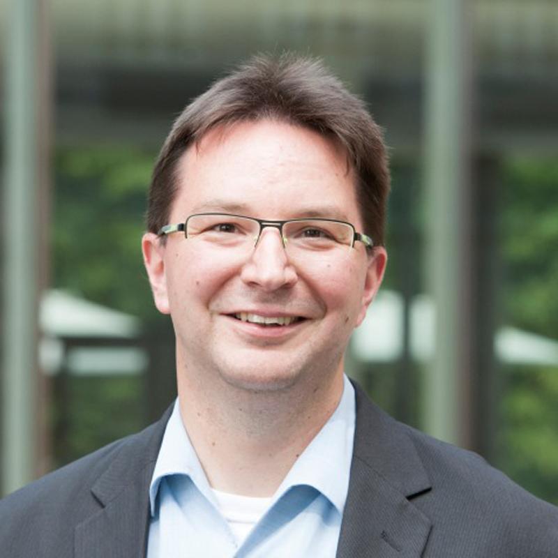 Dr. Michael Blume
