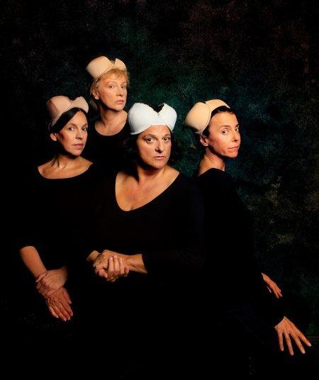 Alte Mädchen - Popkabarett mit Ines Martinez, Anna Bolk, Jutta Habicht & Sabine Urig (1)