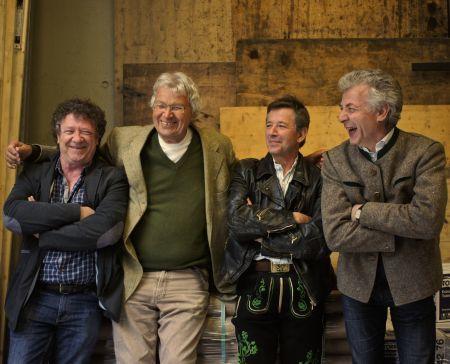 Gerhard Polt und die Well-Brüder aus´m Biermoos - 40 Jahre Polt/Well Brüder  Im Abgang nachtragend (1)