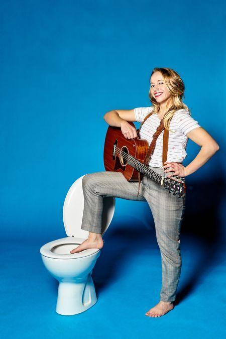 Miss Allie - Die kleine Singer-Songwriterin mit Herz (2)