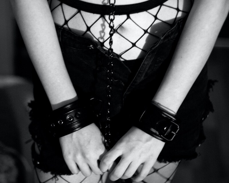 Perversion oder therapeutische Praktik? - Sex Education #9: BDSM