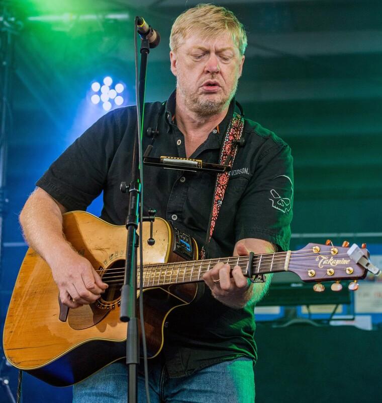 Live: Paddy Schmidt - 12. Langener Sommerspiele: Irish-Folk-Rock