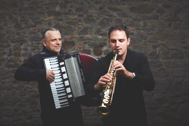 Piazzolla trifft Shakespeare - Duo Fortezza mit Markus Fennert