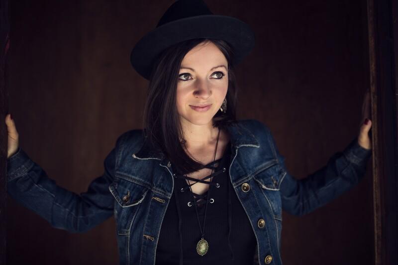 Konzert Nadine Fingerhut: Lieder und Poesie