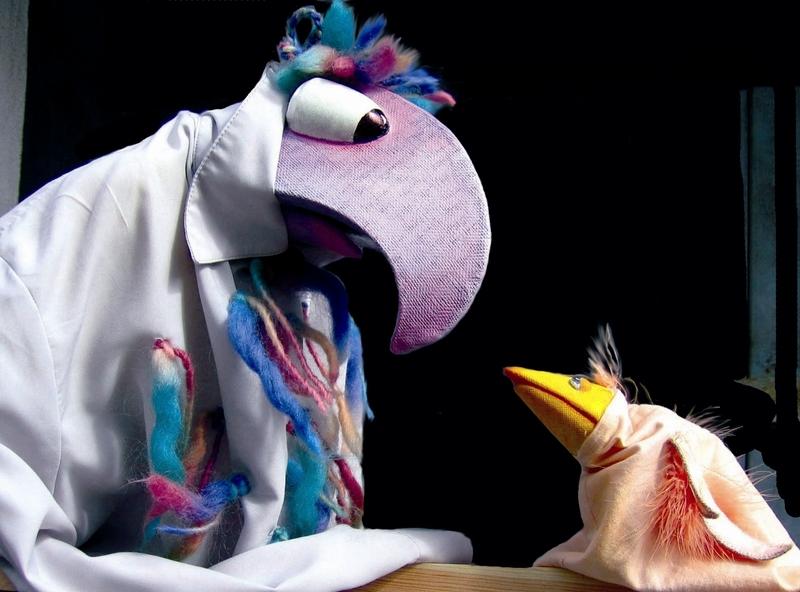 """Theater Laku Paka: """"Kleiner Vogel, flieg!"""""""