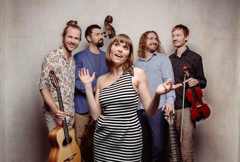 La Strada: Marion & Sobo Band
