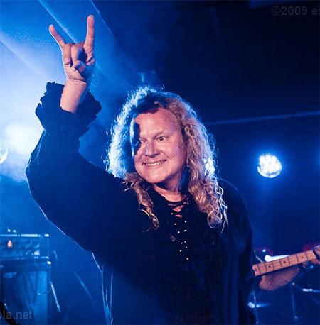 Circle of Hands - The Music of Uriah Heep (1)