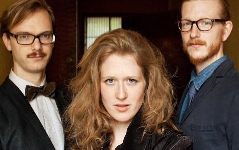 Vorschaubild Clara Haberkamp Trio