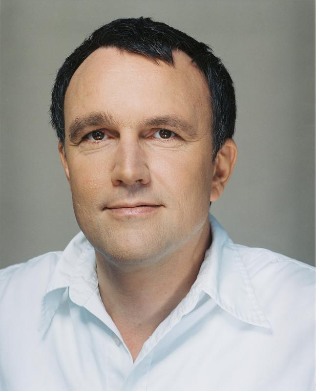 Dr. Michael Lüders
