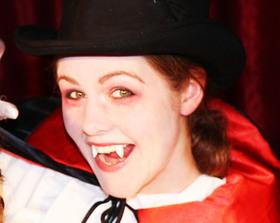 Bild: Die kleinen Vampire - Halloween im Galli Theater