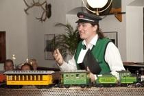 Bild: Culinartheater mit 4-Gänge-Menü - Adler - Adler – von Nürnberg nach Fürth & einmal um die ganze Welt