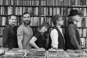 Bild: YELLOWBELLY - Folkrock und Streicher mit Country- und Jazzeinflüssen