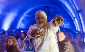 Bild: Leiche im Labyrinth - Das Untergrunddinner