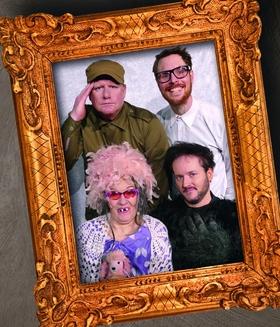 Bild: Eine schrecklich schräge Familie - Theater Courage