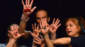 Bild: Traumkreuzung - Ensemble Materialtheater Stuttgart