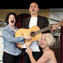 Bild: Shakespeares sämtliche Werke (leicht gekürzt) - Anhaltisches Theater Dessau