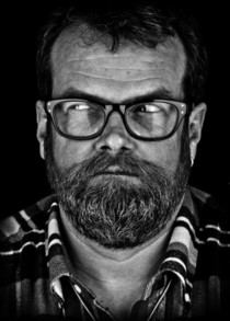 Bild: Jochen Malmsheimer - Ermpftschnuggn trødå! - hinterm Staunen kauert die Frappanz
