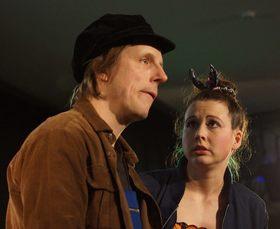 Bild: Zwei wie Bonny und Clyde - Theater im Palais