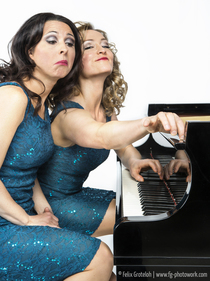 "Bild: Queenz of Piano - ""Tastenspiele"""