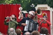 Bild: Balkan Furia Festival & Party - Live Weltmusik Festival mit mehreren Bands und Party auf 2 Dancefloors danach.