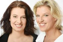 Bild: Sia Korthaus & Ariane Baumgartner - Komm ganz nah - Premiere