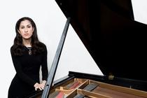 klaviersolo - Grunelius-Konzerte - Building Bridges – Andràs Schiff präsentiert junge Pianisten. Konzert mit Mishka Rushdie-Momen