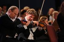 Bild: Bruckner im Dom I: Bruckner Orchester Linz und Dennis Russell Davies