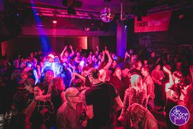 Bild: Die Schöne Party - mit Django Lassi live!