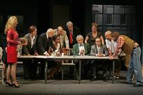 Bild: Die zwölf Geschworenen - Berliner Kriminal Theater