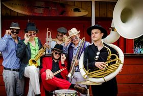 Bild: Brazzo Brazzone & The World Brass Ensemble - Italo Brazz
