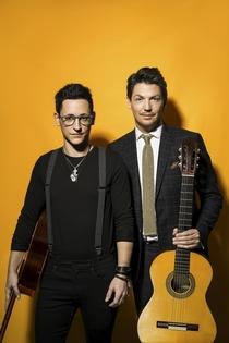 Bild: Café del Mundo – Flamenco Gitarre IN PASSION - Mitreißender Live-Musik-Dialog zweier Ausnahme-Gitarristen