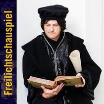 Bild: Martin Luther - Freilichtschauspiel vor der imposanten Kulisse von Schloss Altshausen