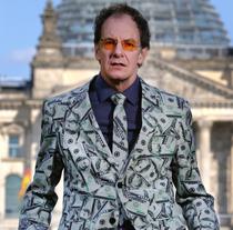 Bild: CHIN MEYER - Macht! Geld! Sexy!