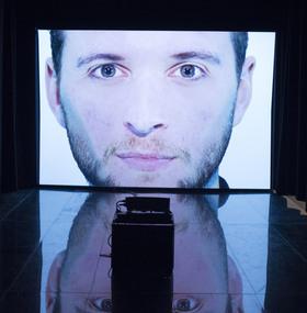 Bild: Herakles oder die Kunst der Unzulänglichkeit - Performative Video-Installation