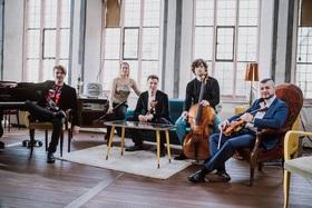 Bild: On the Dancefloor: Spark – die klassische Band